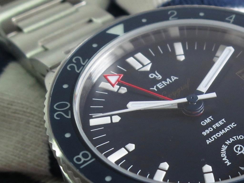 YEMA Navygraf Marine Nationale GMT - The red GMT hand